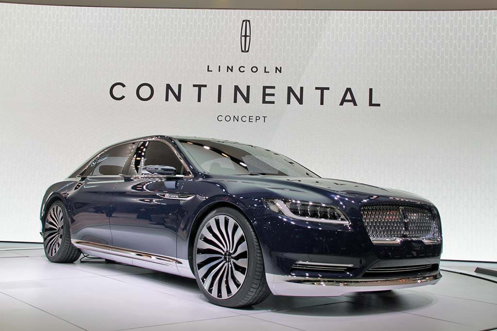 10 hottest debuts at the 2015 ny auto show lincoln continental concept. Black Bedroom Furniture Sets. Home Design Ideas