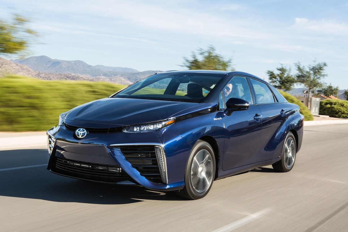 Mirai Sets Fuel Economy Benchmark of 67 eMPG