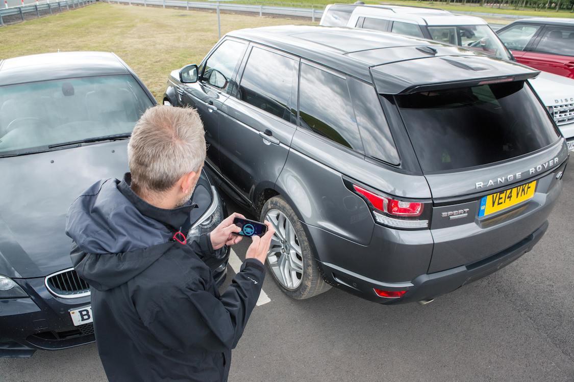 Jaguar Land Rover Develops Remote-Control App ...