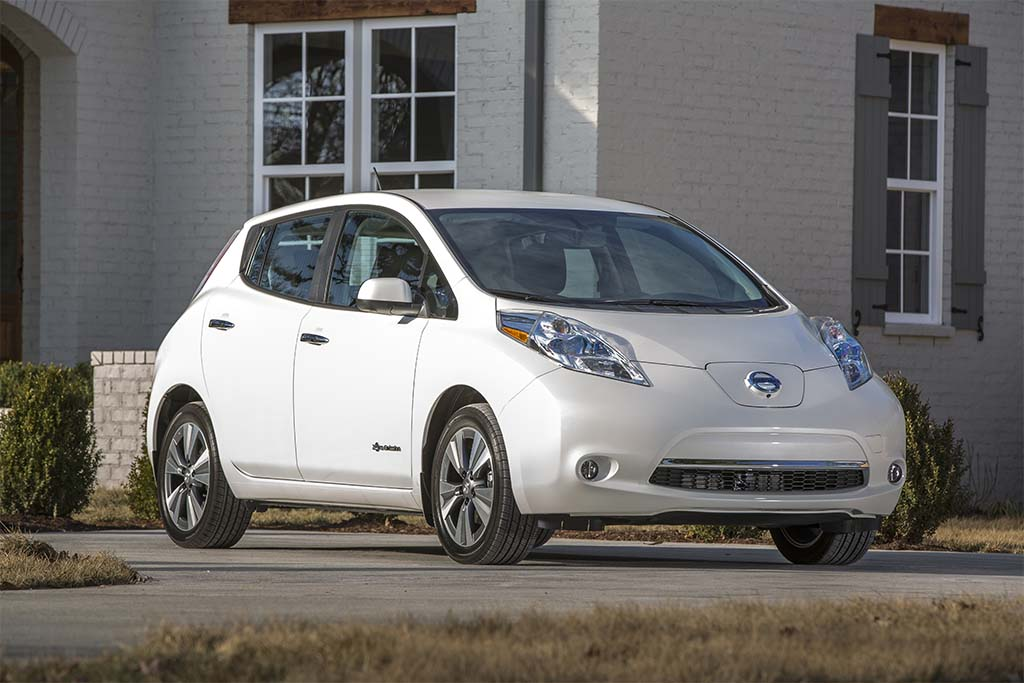 Despite Low Gas Prices, Interest in EVs Still Significant