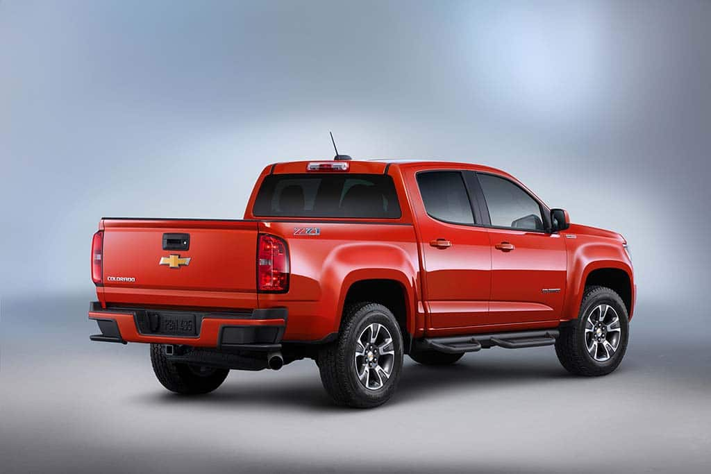 Chevy Rolls Out New 2016 Colorado Diesel ...