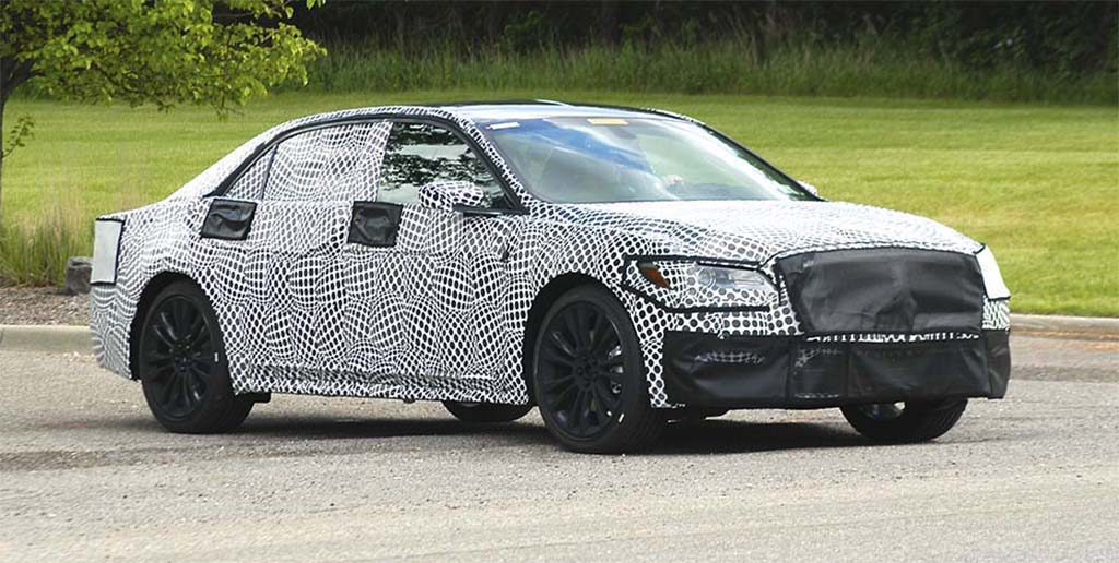 Spy Shots: 2017 Lincoln Continental