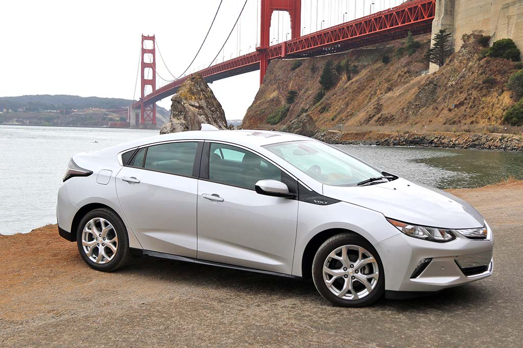2016 Chevrolet Volt Named Green Car of the Year  TheDetroitBureaucom
