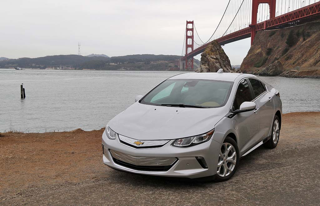 Plug-In Electric Vehicles Hitting Roads in Higher Numbers