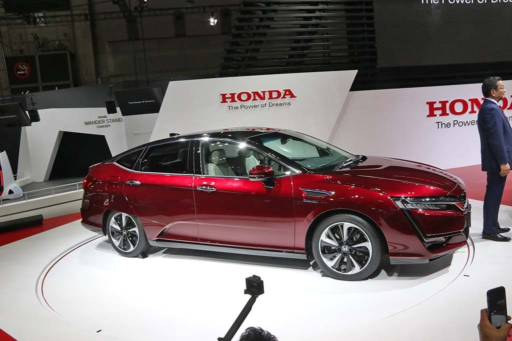 The 2016 Honda Clarity Fuel Cell