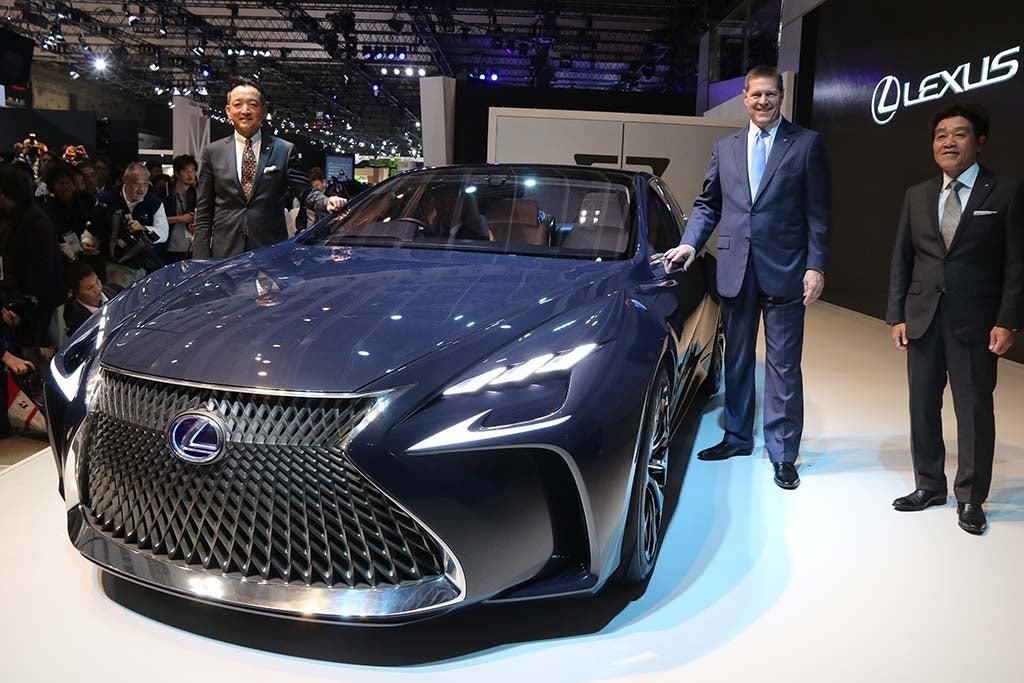 2017 Lexus Lc 500 >> Lexus Set to Reveal New LC 500 Coupe at Detroit Show | TheDetroitBureau.com