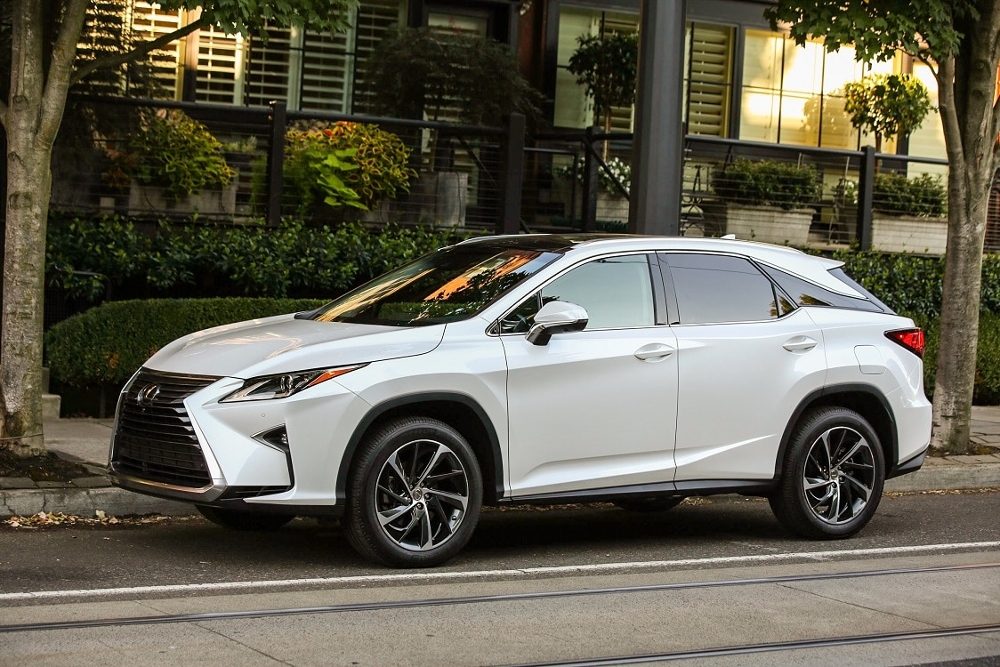 lexus looks to maintain leadership with 2016 rx 350. Black Bedroom Furniture Sets. Home Design Ideas