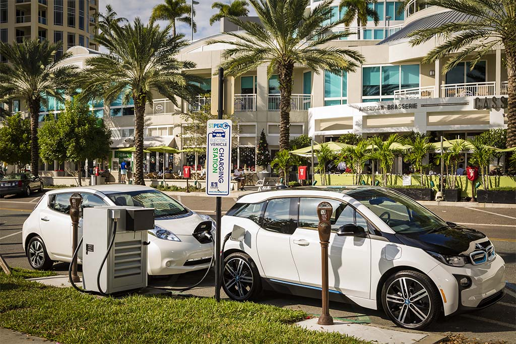 BMW, Nissan Team Up on National Fast Charger Network