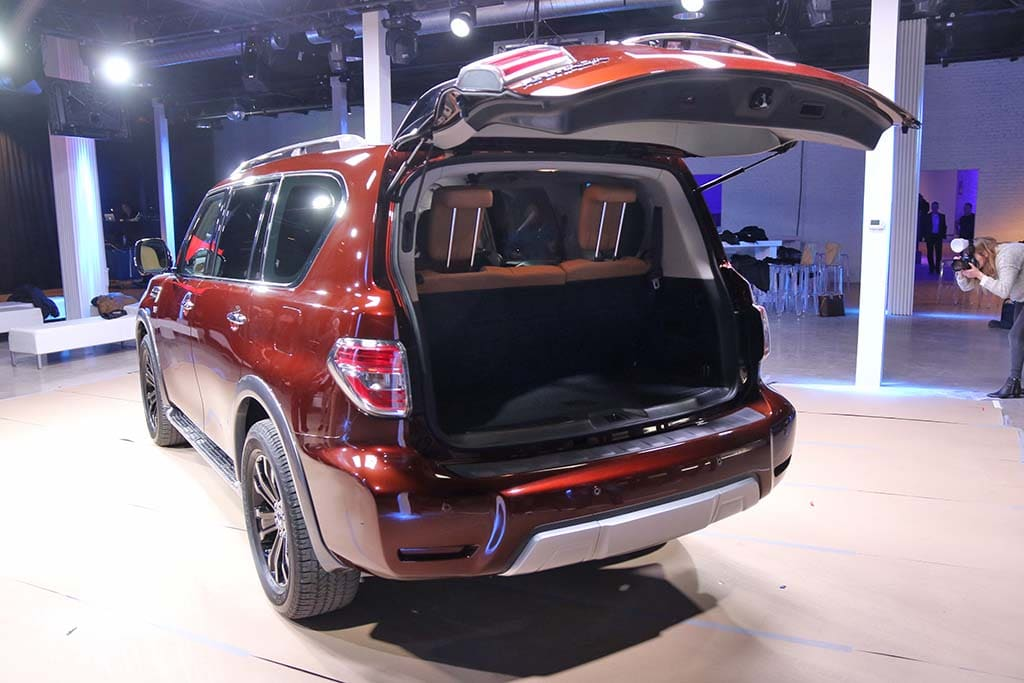 nissan ships new armada to chicago. Black Bedroom Furniture Sets. Home Design Ideas
