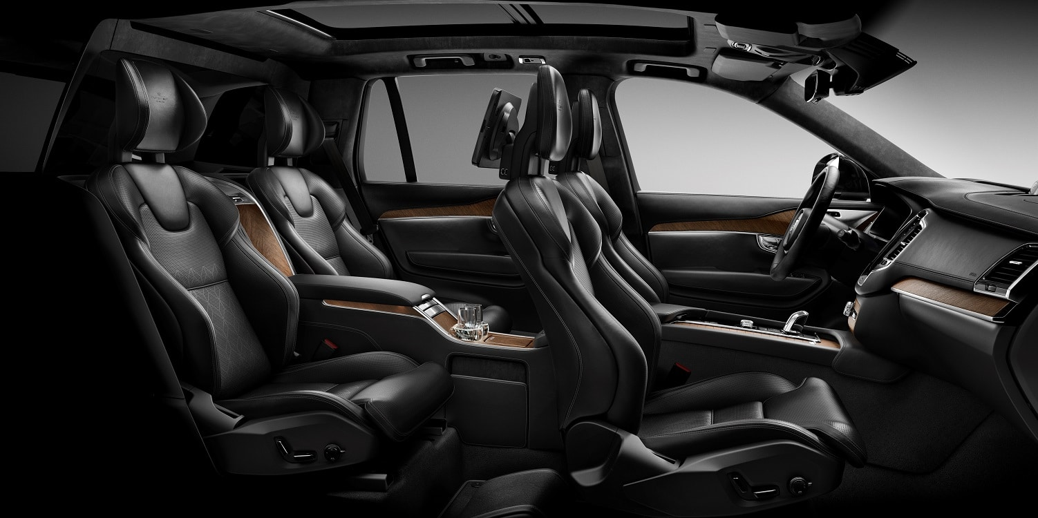 volvo moving upscale with xc90 excellence. Black Bedroom Furniture Sets. Home Design Ideas