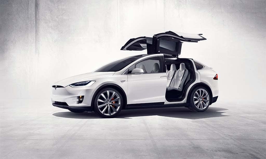 Tesla Cuts Standard-Range Model S, X; Cuts Price on Model 3