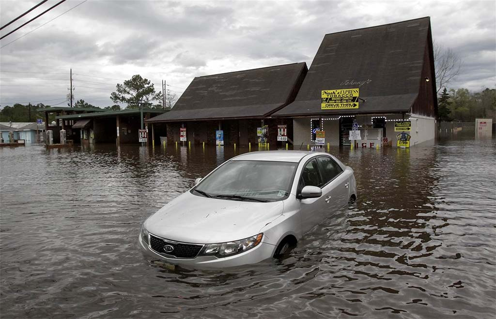 As Waters Dry, Beware of Buying Flood-Damaged Cars ...