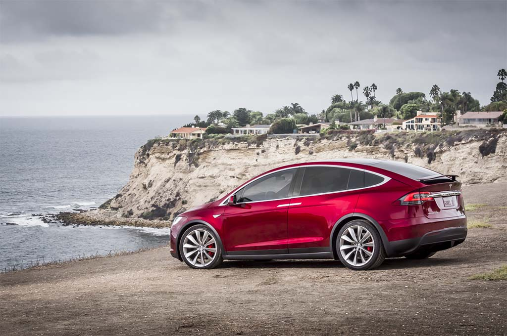 Tesla Slumps in Consumer Reports Reliability Ratings