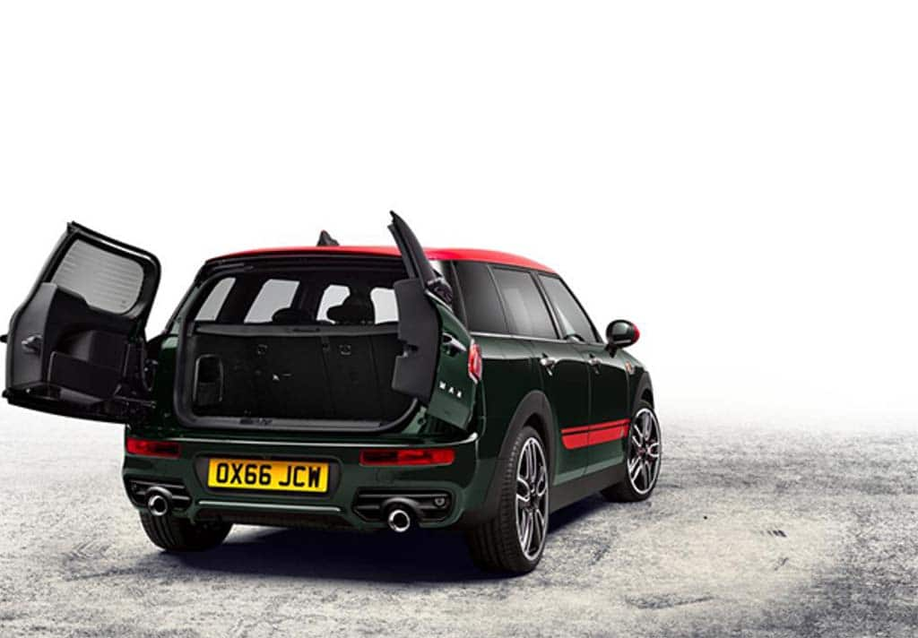 mini muscles up with 2017 jcw clubman. Black Bedroom Furniture Sets. Home Design Ideas
