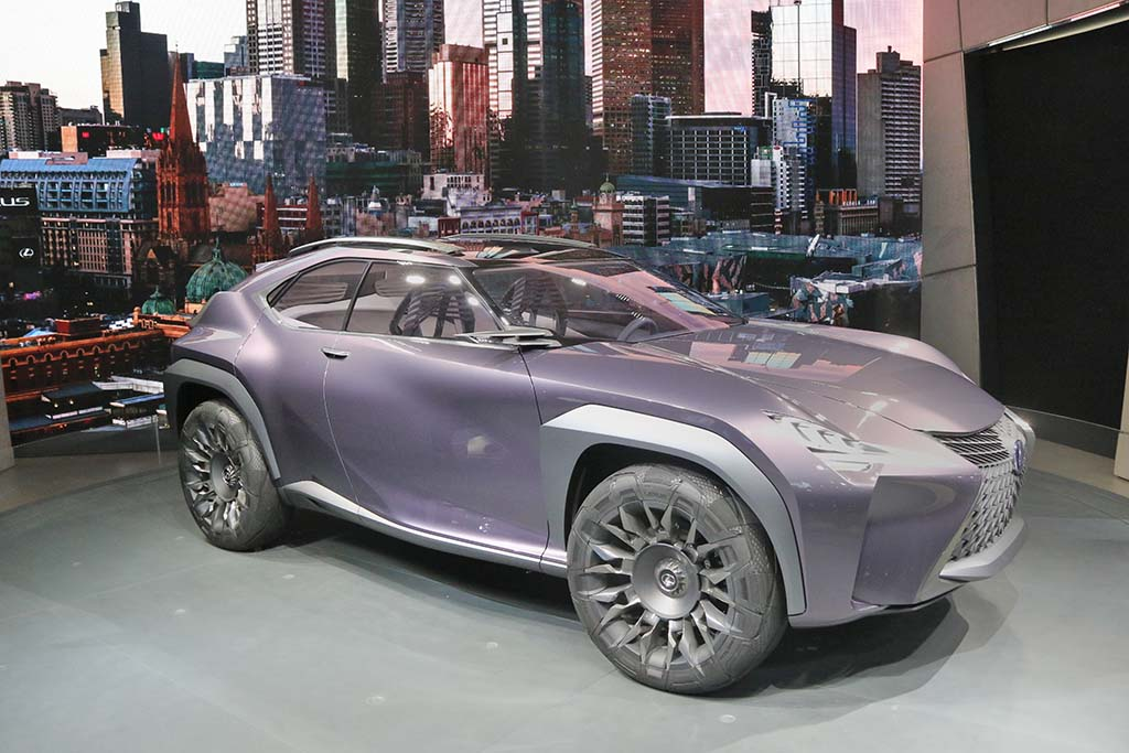 lexus downsizes with new ux suv concept. Black Bedroom Furniture Sets. Home Design Ideas