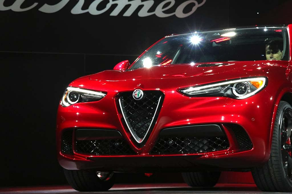 alfa romeo gets into the suv game with new stelvio. Black Bedroom Furniture Sets. Home Design Ideas
