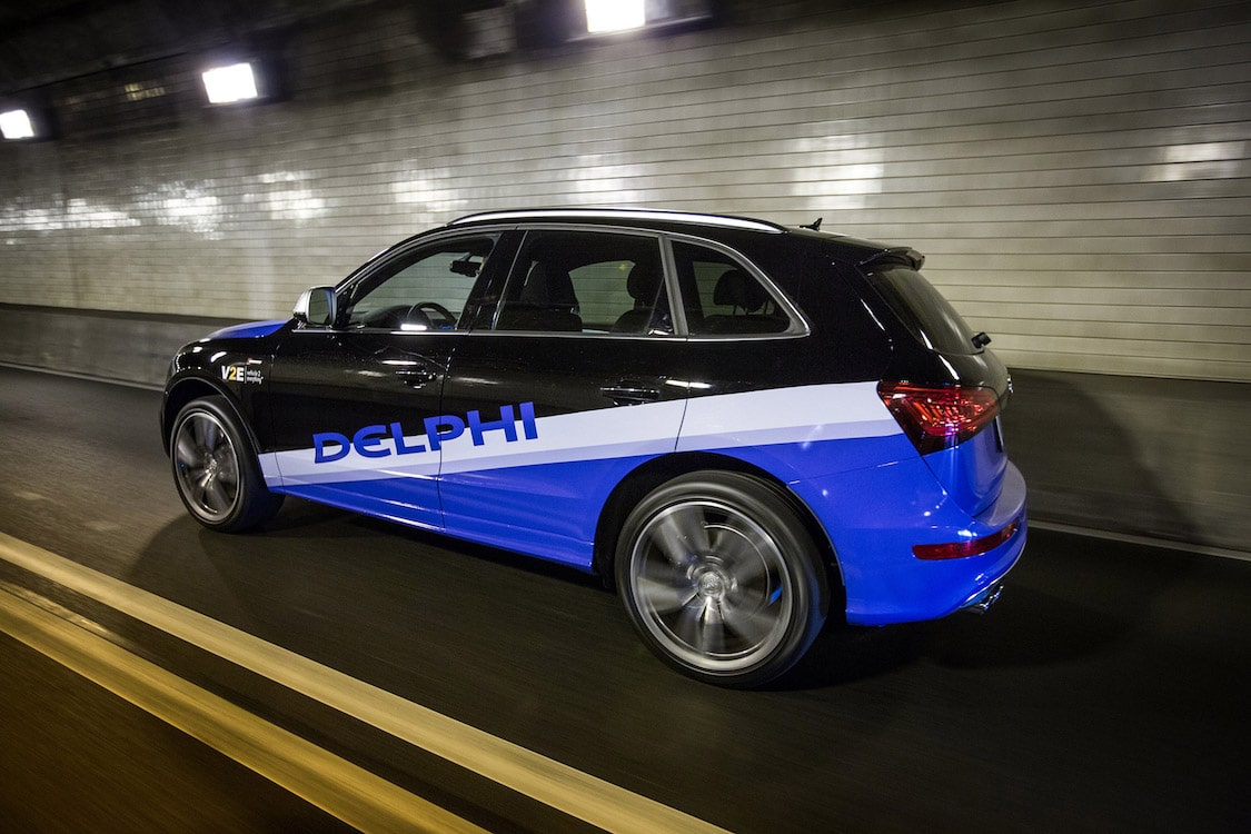 Delphi, BlackBerry team up on autonomous auto  software