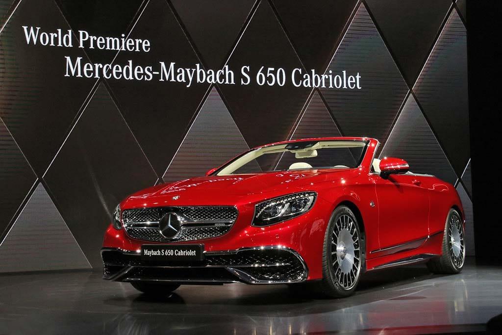 http://www.thedetroitbureau.com/wp-content/uploads/2016/11/Mercedes-Maybach-S650-Cabriolet1.jpg