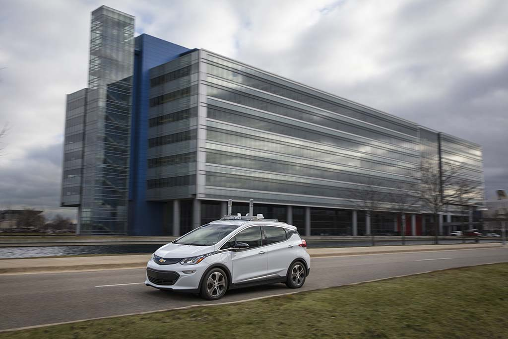 Thousands of self-driving Chevy Bolts could hit the road next year