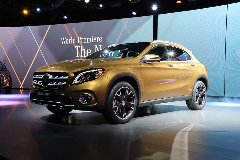 Mercedes Enjoys Lead Late in Luxury Sales Championship