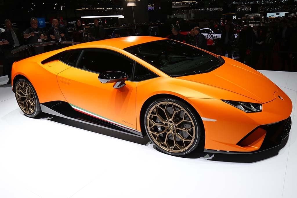 new lamborghini huracan performante blows into geneva. Black Bedroom Furniture Sets. Home Design Ideas