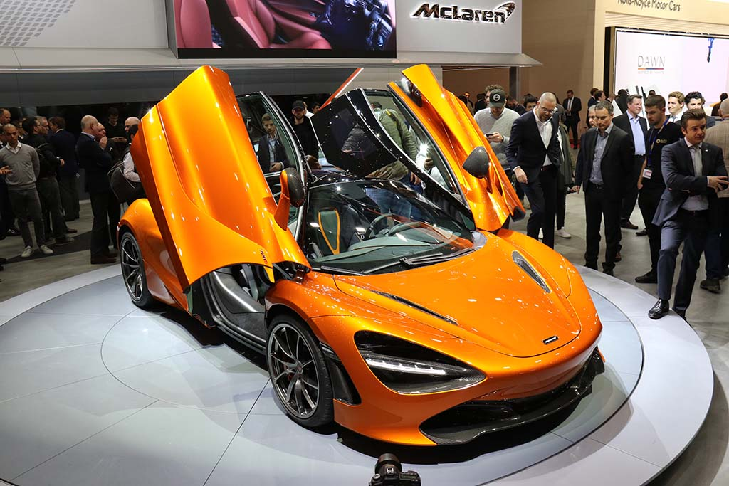 McLaren Posts Sales Record: 3340 Cars in 2017