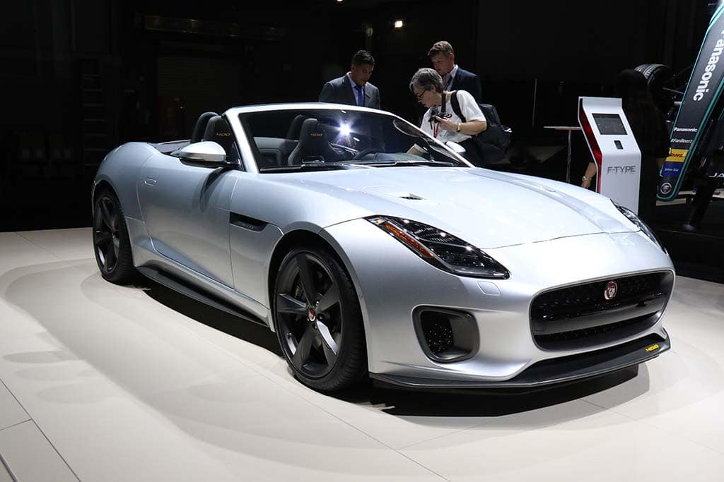 jaguar looking to draw f type buyers with four models. Black Bedroom Furniture Sets. Home Design Ideas