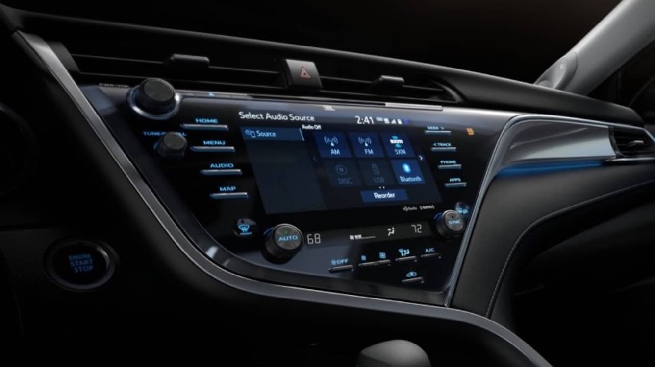 Toyota Adopts Automotive Grade Linux for 2018 Camry