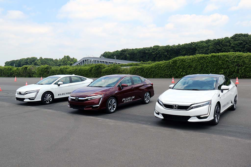 Late to the Game, Honda Puts Autonomous Driving on the ...