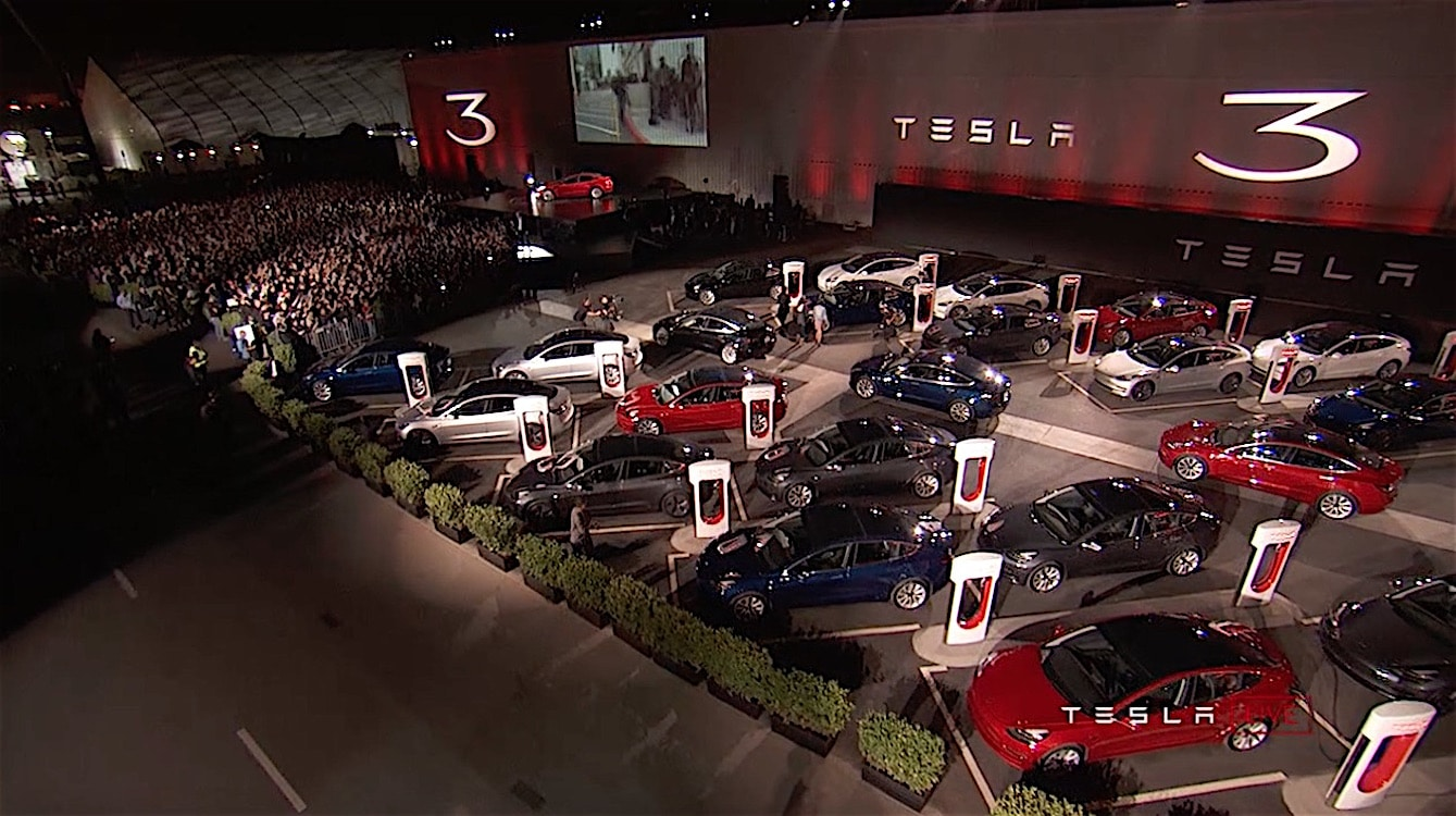 tesla delivers first 30 owners get new model 3s. Black Bedroom Furniture Sets. Home Design Ideas