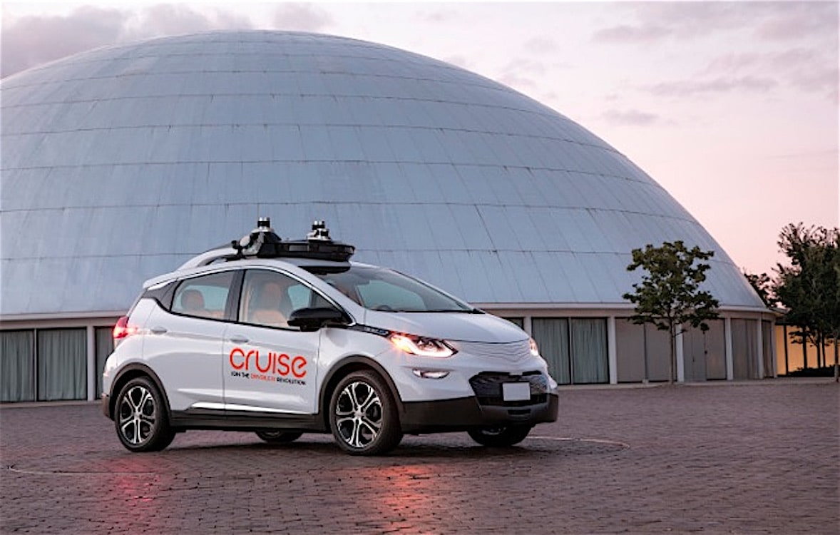 Cruise Expected to Unveil Fully Driverless Vehicle on Tuesday