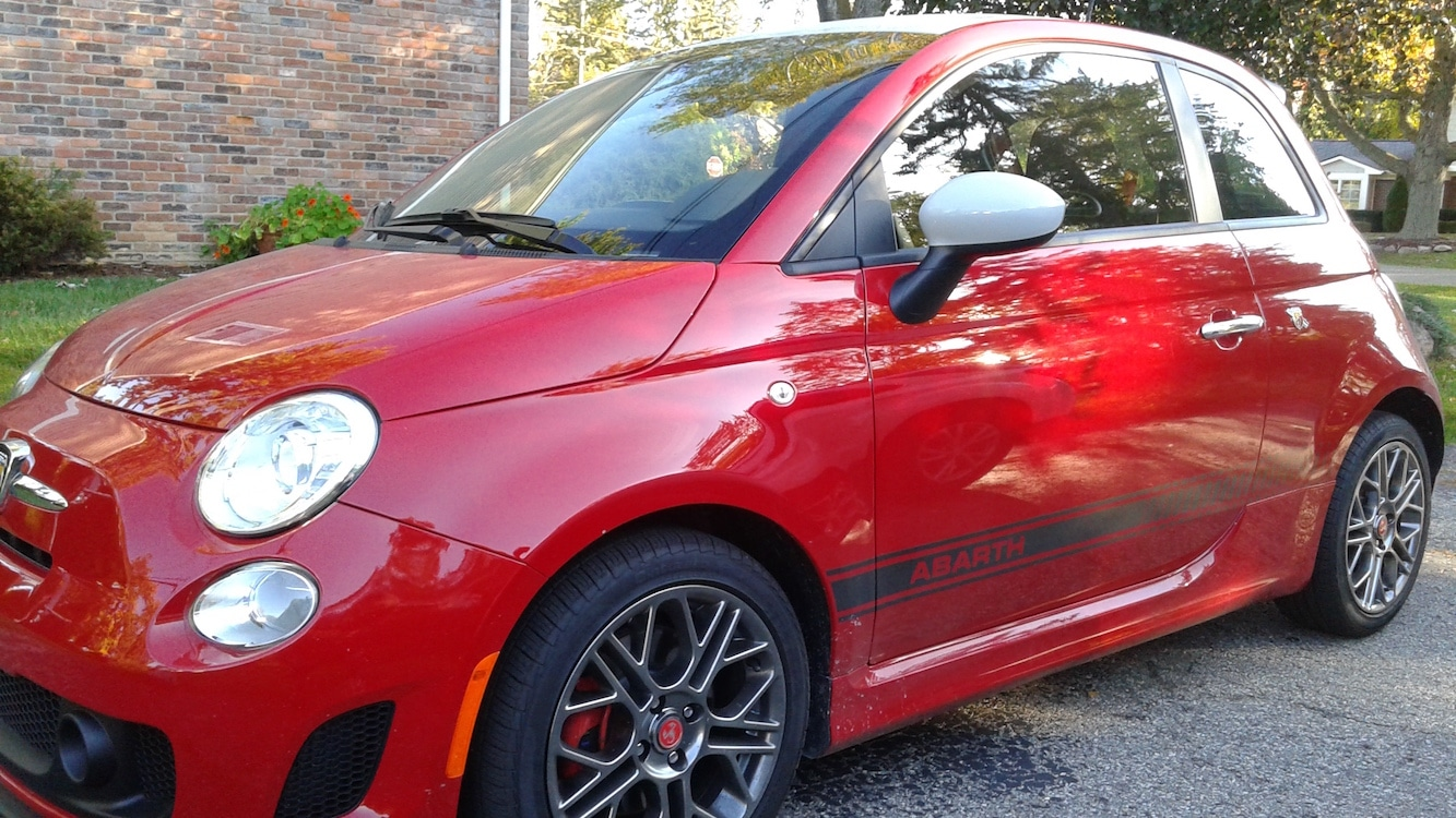 first drive: 2017 fiat 500 abarth | thedetroitbureau