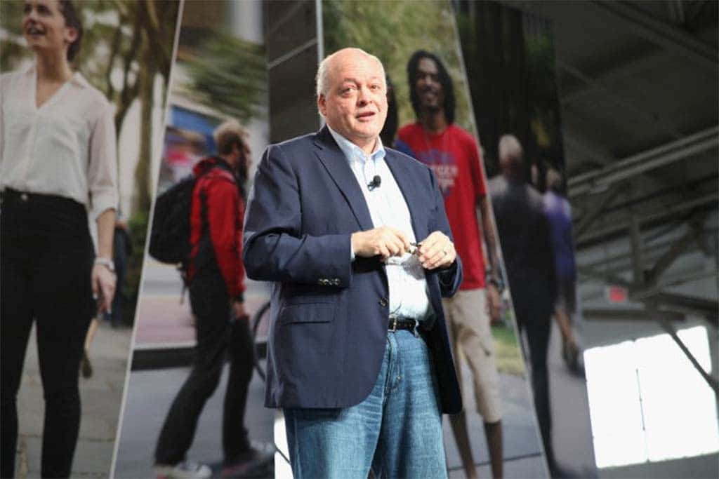 """Negotiating Deal VW is a """"Delicate Dance,"""" Says Ford CEO Hackett"""
