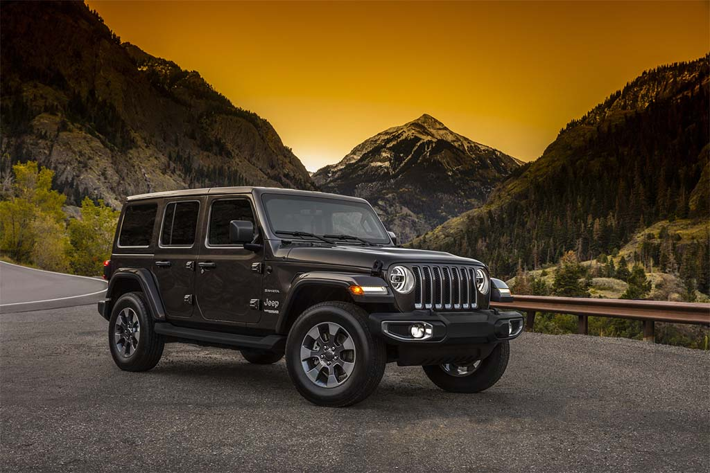 first look all new 2018 jeep wrangler. Black Bedroom Furniture Sets. Home Design Ideas