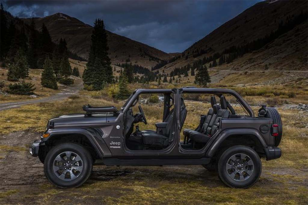 All New Yet Surprisingly Familiar Jeep Formally Unveils