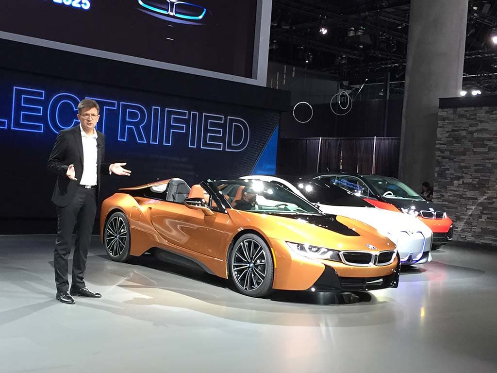 BMW introduces the i8 Roadster, a hot new plug-in hybrid