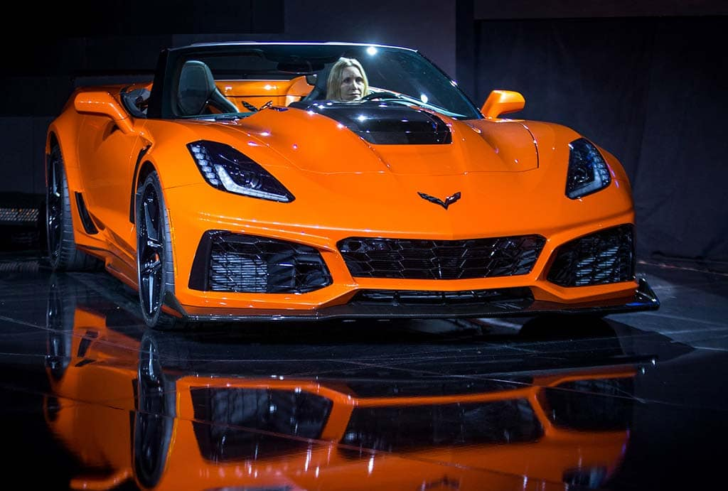 Chevrolet Corvette ZR1 Convertible Drops Top in LA