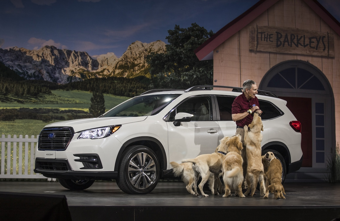Subaru Lets the Dogs Out … For a Drive in LA