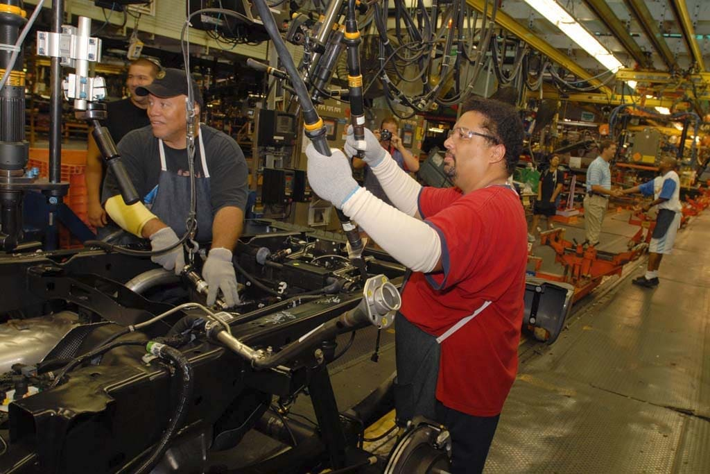 Workers at Chicago Ford Plant Vote Down Proposed Deal