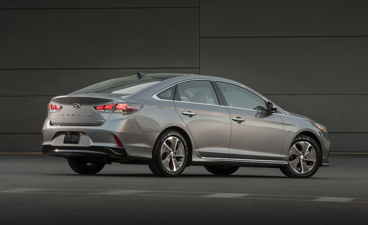 Hyundai Sonata Hybrid and Plug-in Hybrid debut in Chicago