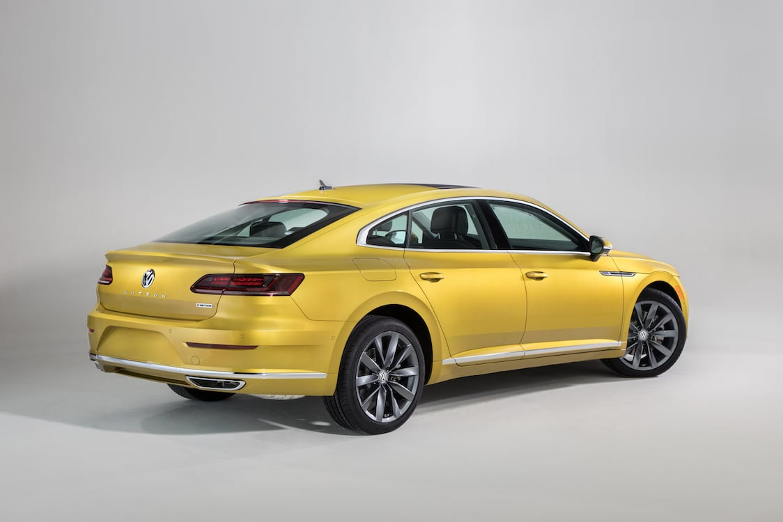volkswagen launches flagship arteon sedan at chicago auto show. Black Bedroom Furniture Sets. Home Design Ideas