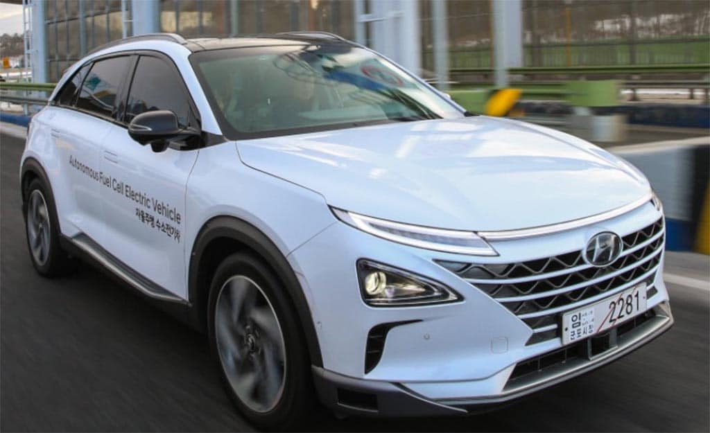First Drive: 2019 Hyundai Nexo Fuel-Cell Vehicle ...