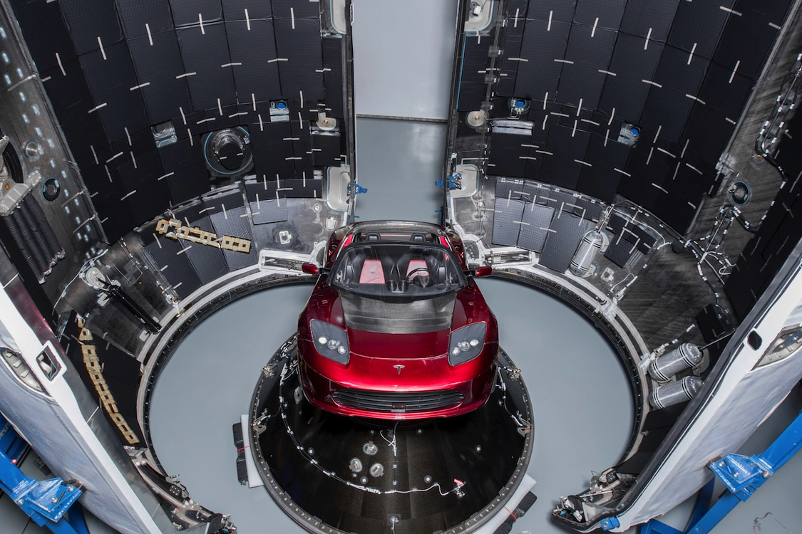 Tesla S Roadster Is A Rocket Or At Least Attached To One