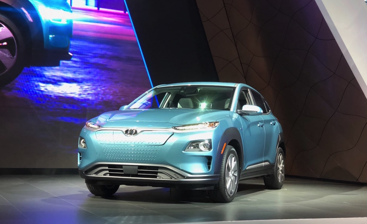 hyundai plugs into mainstream with long range kona electric. Black Bedroom Furniture Sets. Home Design Ideas