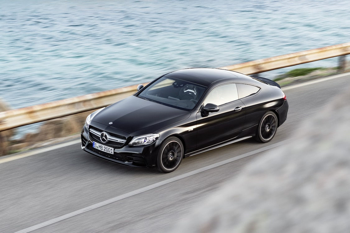 mercedes unleashing c class coupe cabriolet amg version. Black Bedroom Furniture Sets. Home Design Ideas