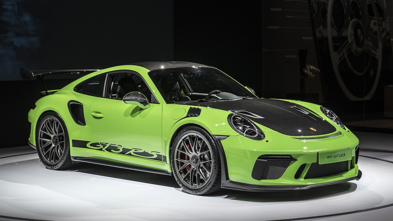 porsche adds to 911 gt3 family with less. Black Bedroom Furniture Sets. Home Design Ideas