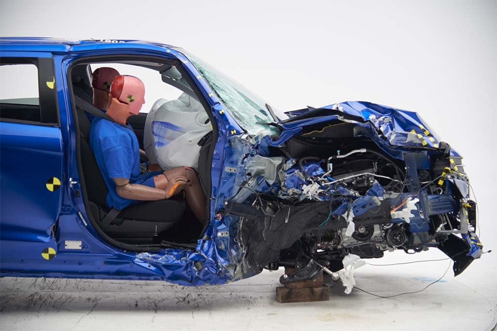 Ford Escape airbag fails to deploy in crash test