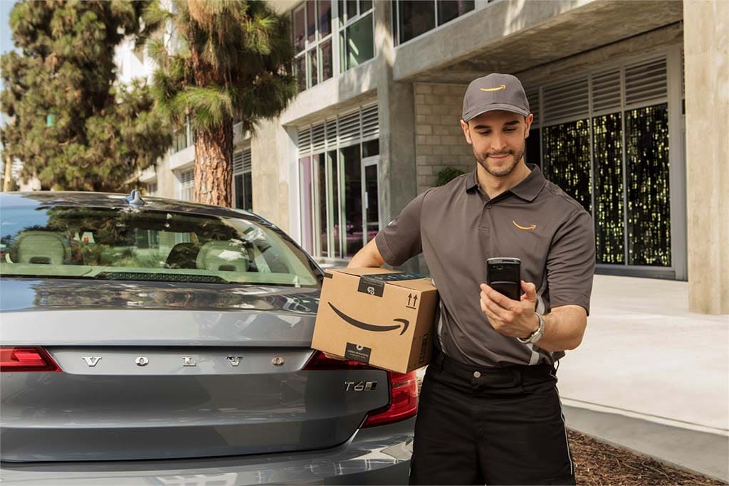 Amazon Will Now Deliver Packages to Your Car, as Well as ...