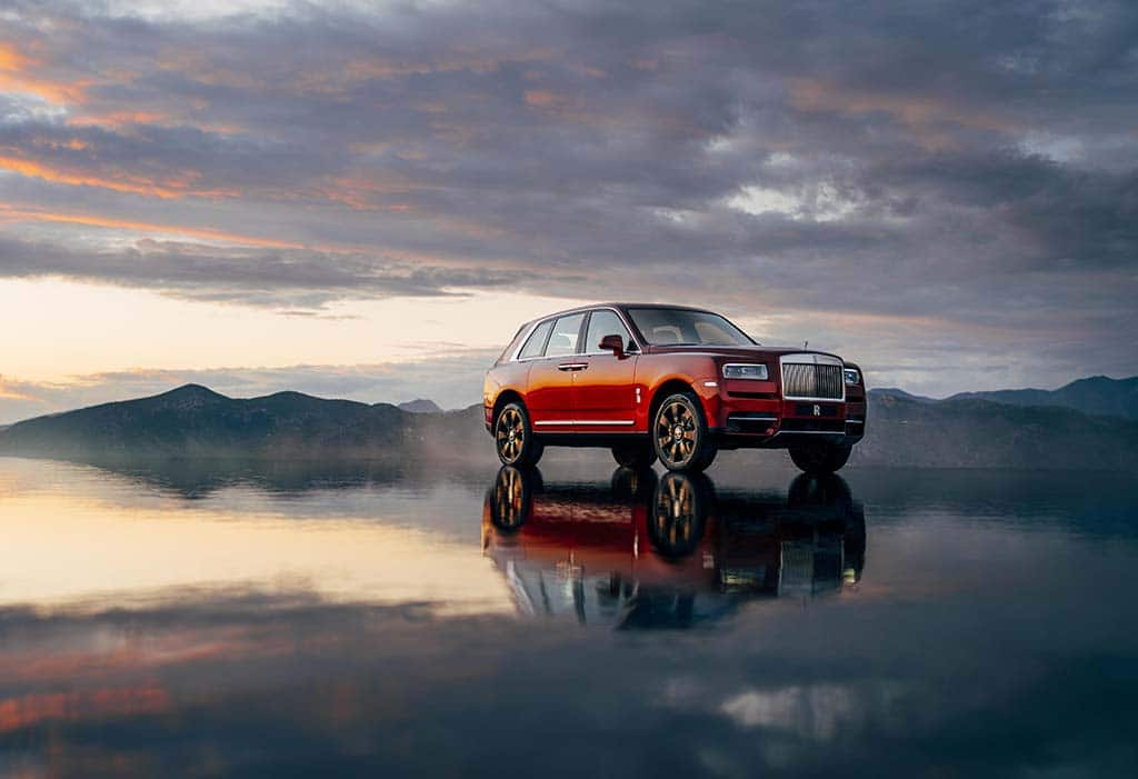 Pass the Bubbly? Rolls-Royce Cullinan Promises a Luxury Ride Even on the Roughest Trails
