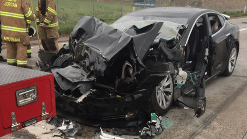 NHTSA Probes Tesla Car Crash in Utah